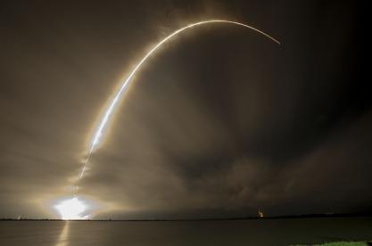 rocket-launch-693200_640
